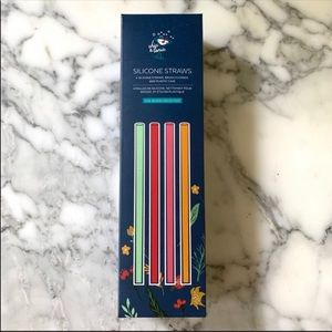 Chic & Tonic Full Bloom Collection Silicone Straws